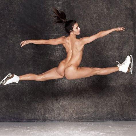 Фигуристка Эшли Вагнер удивила пользователей Сети своей откровенной фотосессией