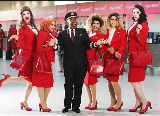 Будь у курсі: британська авіакомпанія анонсувала перший в історії ЛГБТ-рейс