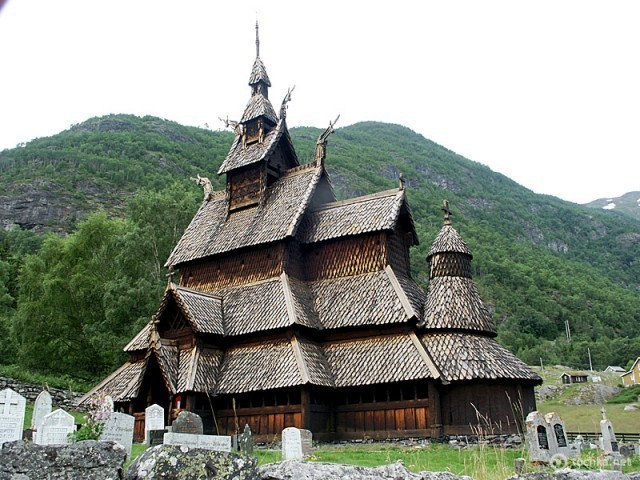 Каркасная церковь в Боргунне (Норвегия)