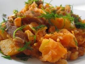 Тушеная капуста с картошкой и с мясом
