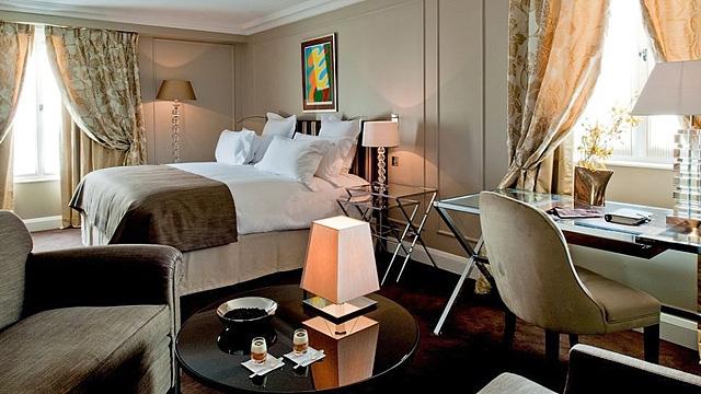 Шопинг в Париже: Отель Le Burgundy Paris