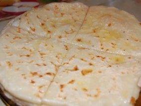 Хичины балкарские с картофелем и брынзой