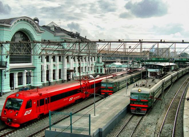 """Їдемо на південь: """"Укрзалізниця"""" додала 2 потяги в південному напрямку"""