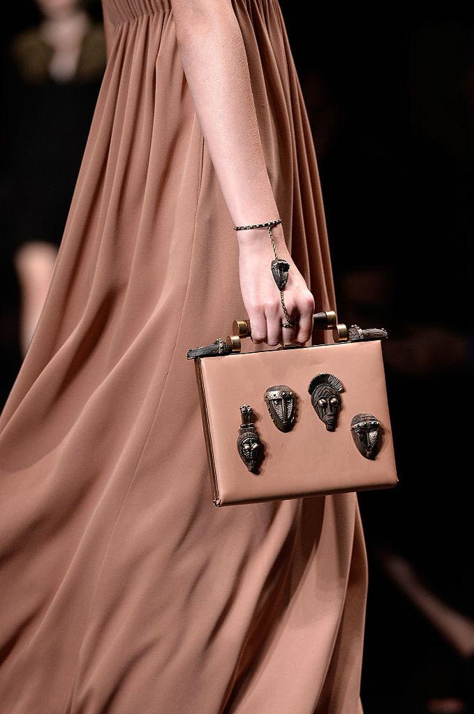 Микротренд: сумка-коробка