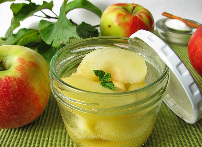 Компот з яблук на зиму - смачно і корисно