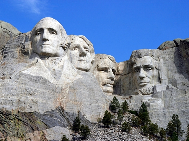 Рашмор - гора 4-х президентов