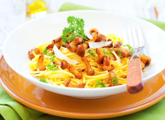 Грибний салат - легка закуска на вечерю