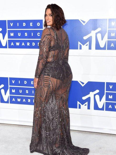 """""""Голые"""" знаменитости на MTV VMA 2016"""