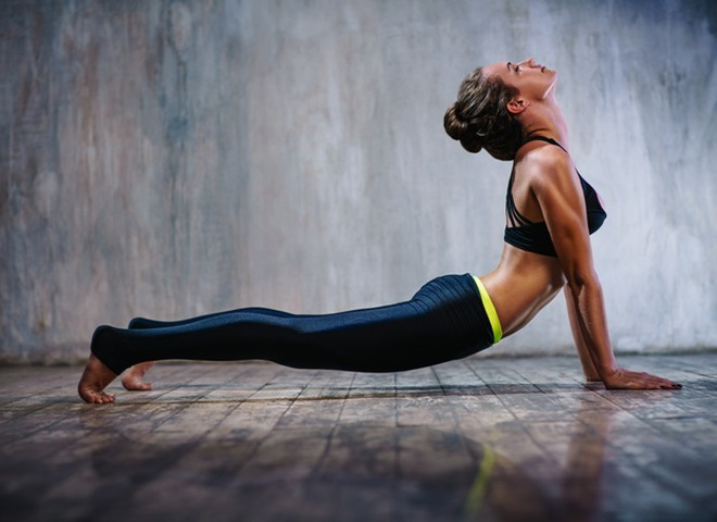 4 базовых позы йоги