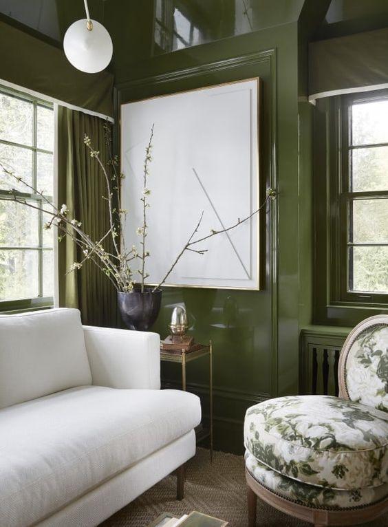 Бутылочно-зеленый в интерьере