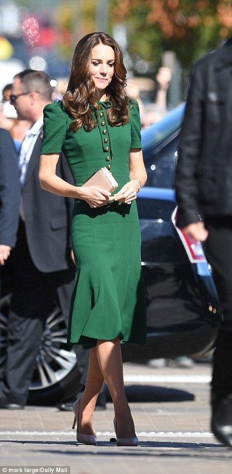 Кейт Міддлтон в Канаді: герцогиня одягла сукню Dolce & Gabbana