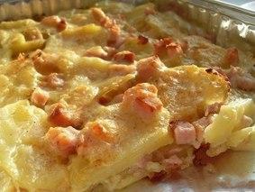 Картофель запеченный с сыром и карбонадом