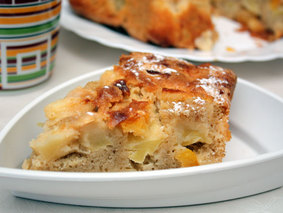 Пиріг з яблуками і журавлиною