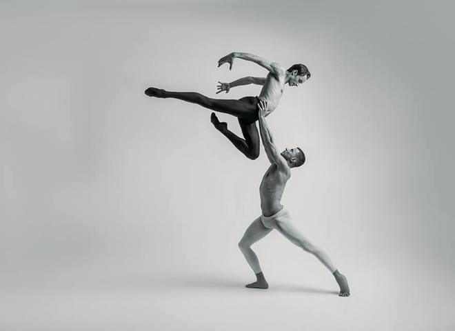 """Соліст гурту Kazaky станцює в легендарному балеті """"Кармен-сюїта"""""""