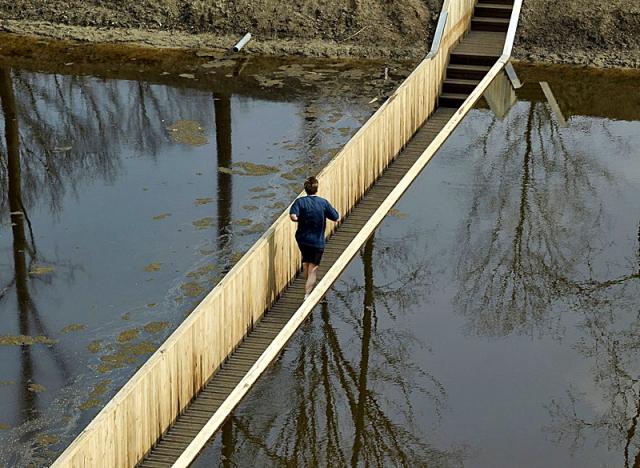 Необычные сооружения нашей планеты: Мост Моисея, Нидерланды