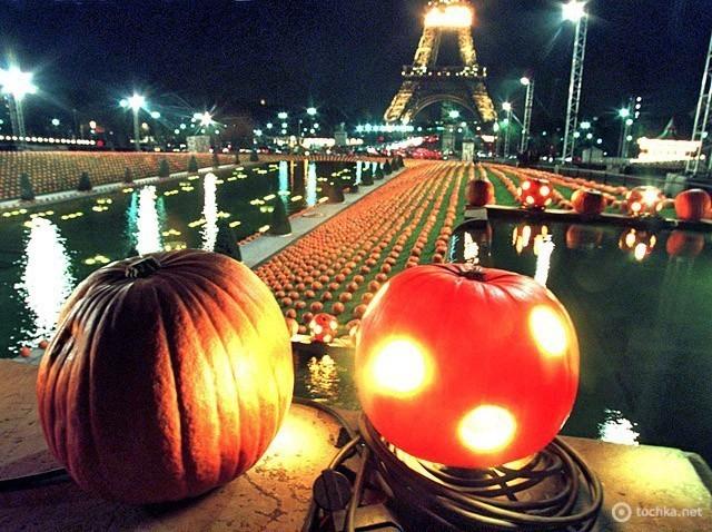 Хеллоуїн в Парижі