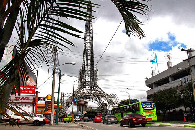 Увидеть Эйфелеву башню не отправляясь в Париж