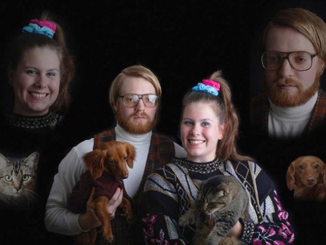 Странные семейные фото с любимыми питомцами