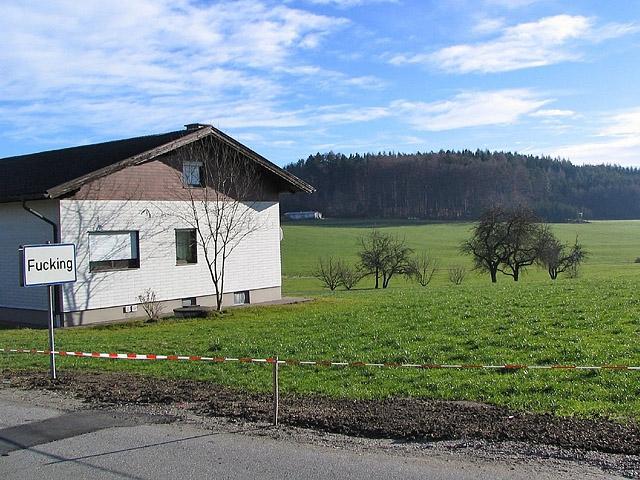 Смішні назви населених пунктів: Fucking, Австрія