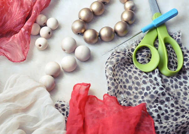 Як зробити намисто з тканини своїми руками