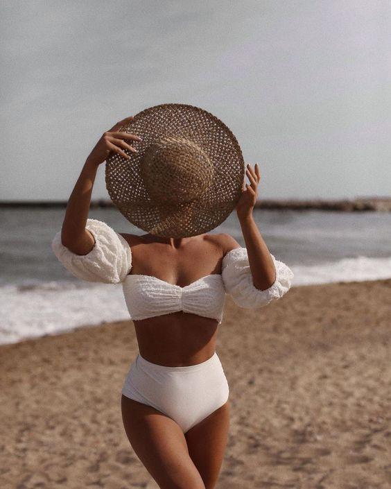 20 белых купальников, которые подчеркнут идеальный загар