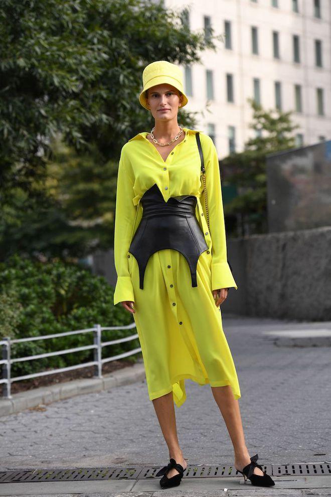 Пояс-корсет — модний акцент на талії