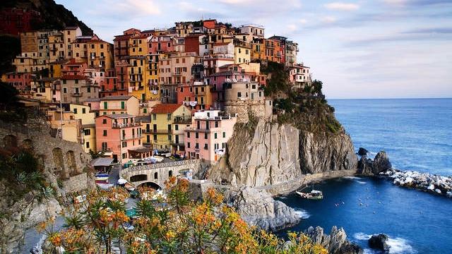 Куди поїхати у вересні: 5 ідей відпочинку за кордоном