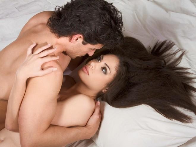 скромности и стеснению не место в постели