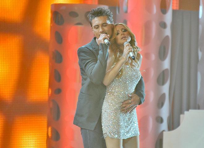 Билан затискал победительницу Евровидения