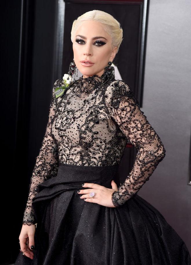 Леді Гага обручка