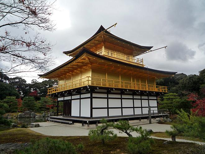 Золотой храм Кинкаку-дзи