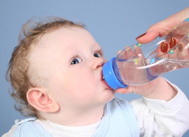 вода і дитина