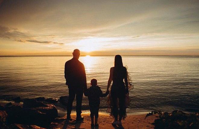 Юлия Санина с семьей