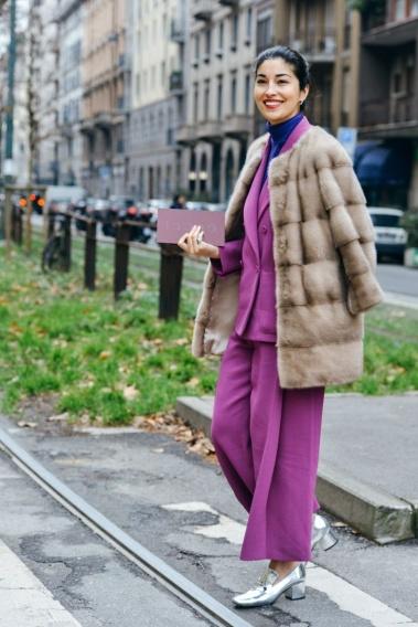 Як носити брючний костюм взимку: приклади street-style