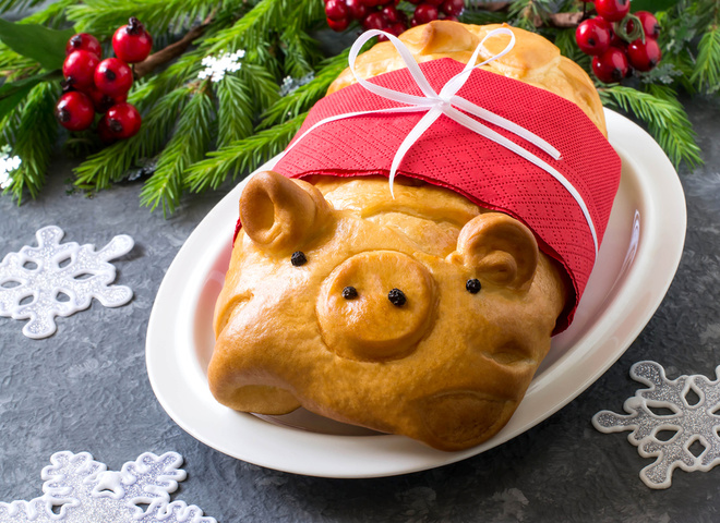 Что приготовить на Новый год Свиньи 2019: рецепт праздничного пирога