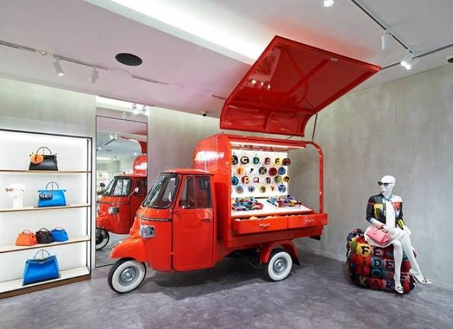 Pop-up store Fendi відправляється в Америку