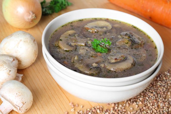 Гречневый суп с грибами: рецепт