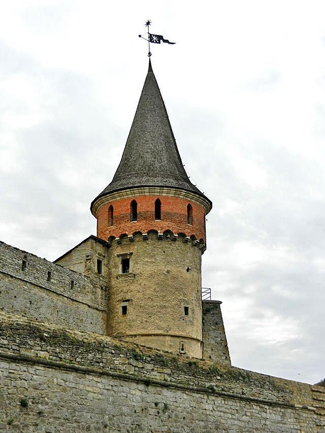 Кам'янець-Подільський, визначні пам'ятки: Вежа Рожанка