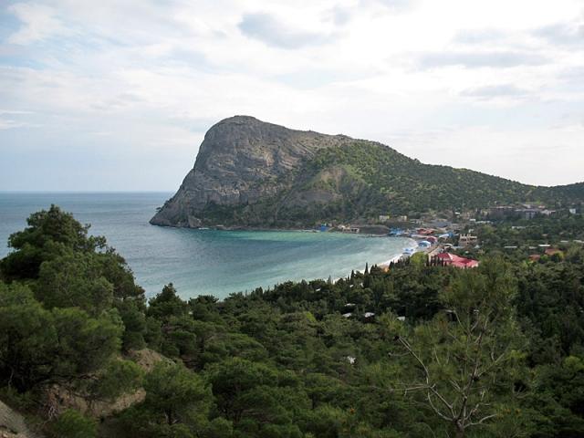 Кінотуризм у Криму: Зелена бухта