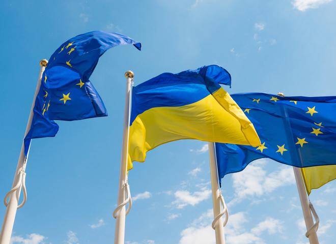 Важно знать: ЕС рассмотрит безвизовый режим для Грузии отдельно от Украины