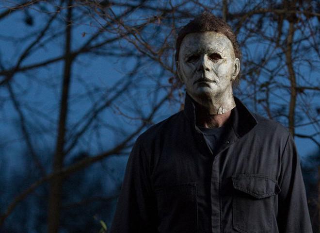 """Кадр из фильма """"Хэллоуин убивает"""""""