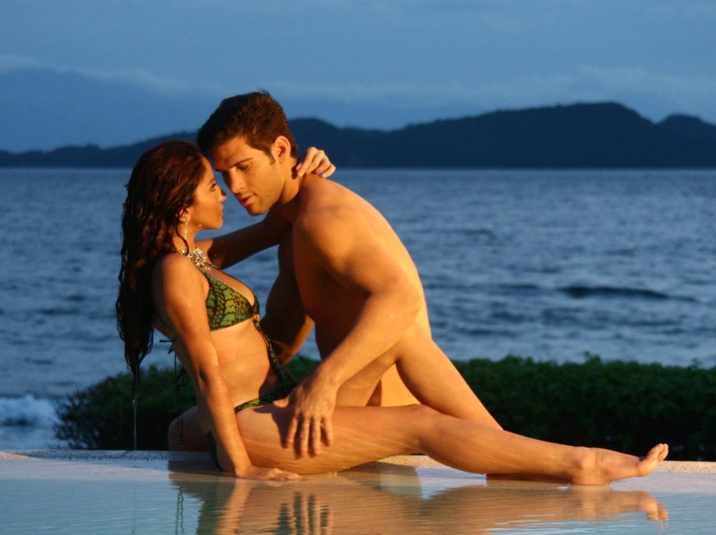 beach-sex-polynesia