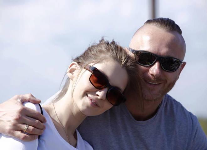 Ларсон та його жінка