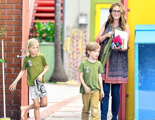 Джулия Робертс с детьми