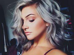 Серое омбре – модное окрашивание волос осени 2016