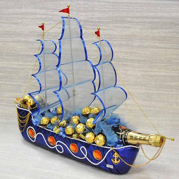 Корабль из конфет своими руками размеры