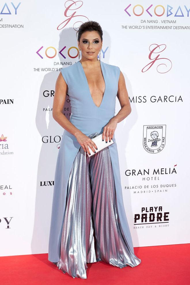Єва Лонгорія в сукні від Genny