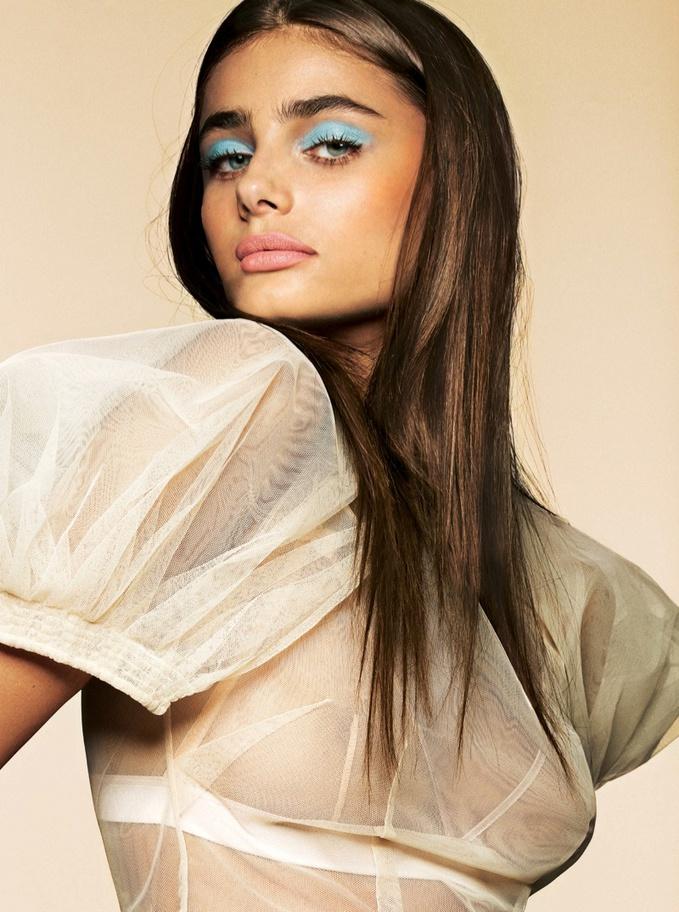 Ангел Victoria's Secret вчить як бути чуттєвої в новій фотосесії