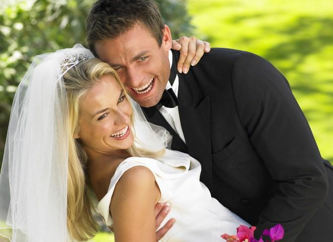 Чтобы влезть в свадебное платье, сядь на низкокалорийную диету