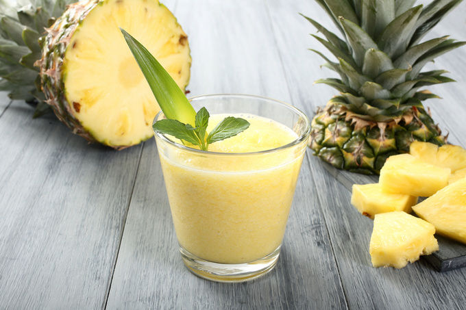 "Коктейль ""Пекучий ананас"": простий рецепт"